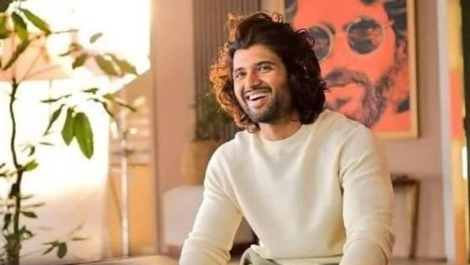 Did you know Vijay Deverakonda wanted to become a singer? More interesting  facts about the Arjun Reddy star - Hindustan Times