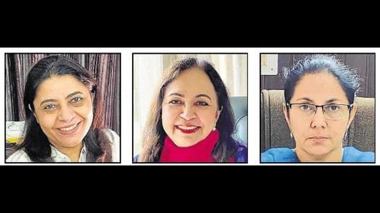 (From left) Dr Jasjeet Kaur, civil surgeon, Panchkula district; Dr Amandeep Kang, director, health services, Chandigarh; and Dr Adarshpal Kaur, civil surgeon, Mohali district . (HT Photo)