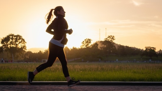 Listening to music while running might be the key to improving people's performance when they feel mentally fatigued, a new study suggested.(Unsplash)
