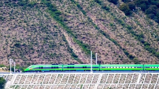 The bullet train connects the provincial capital Lhasa and Nyingchi, which is a strategically located Tibetan border town close to Arunachal Pradesh.(People's Daily China/Twitter)