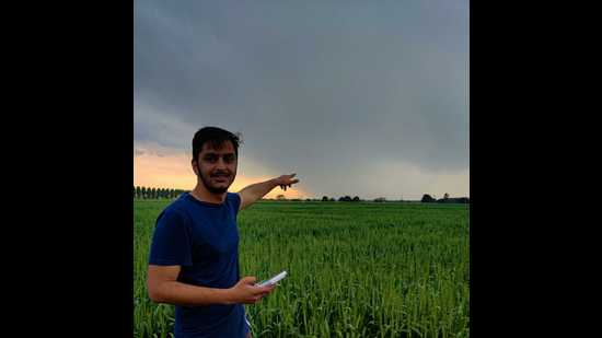 Navdeep Dahiya runs Live Weather of India on Facebook. He covers nine territories in northern India, and offers forecasts down to the village level.