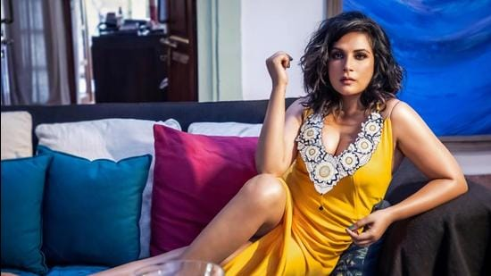 Richa Chadha gives chance to young talent to showcase their talent    Bollywood - Hindustan Times