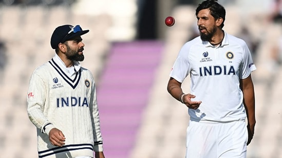 Virat Kohli and Ishant Sharma have a word. (Getty Images)