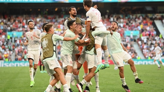 France exit Euro 2020 as Spain see out 8-goal thriller against Croatia
