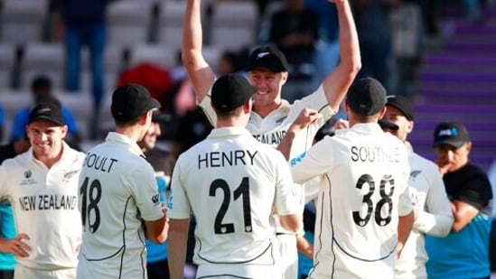 New Zealand's Kyle Jamieson, facing camera, celebrates with teammates after their win on the sixth day of the World Test Championship final cricket match between New Zealand and India, at the Rose Bowl in Southampton, England, Wednesday, June 23, 2021.(AP)