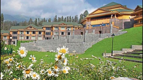 With travel restrictions gradually easing around and most of us being jabbed, the hoteliers are expecting the current trickle of visitors to increase exponentially in the coming weeks. (The Khyber Himalayan Resort & Spa, Gulmarg)