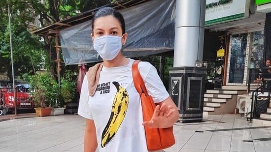 Gauahar Khan reminded the paparazzi of the raging Covid-19 pandemic, on being asked to take off her mask and pose.(Varinder Chawla)