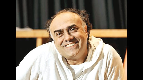 Rajit Kapur is a senior actor and director, whose face is instantly recognised and respected in Bollywood. He is known for his portrayal of Mahatma Gandhi in the 1996 filmThe Making of the Mahatma