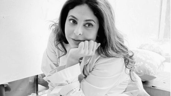 Shefali Shah will play mother to Alia Bhatt in Darlings.