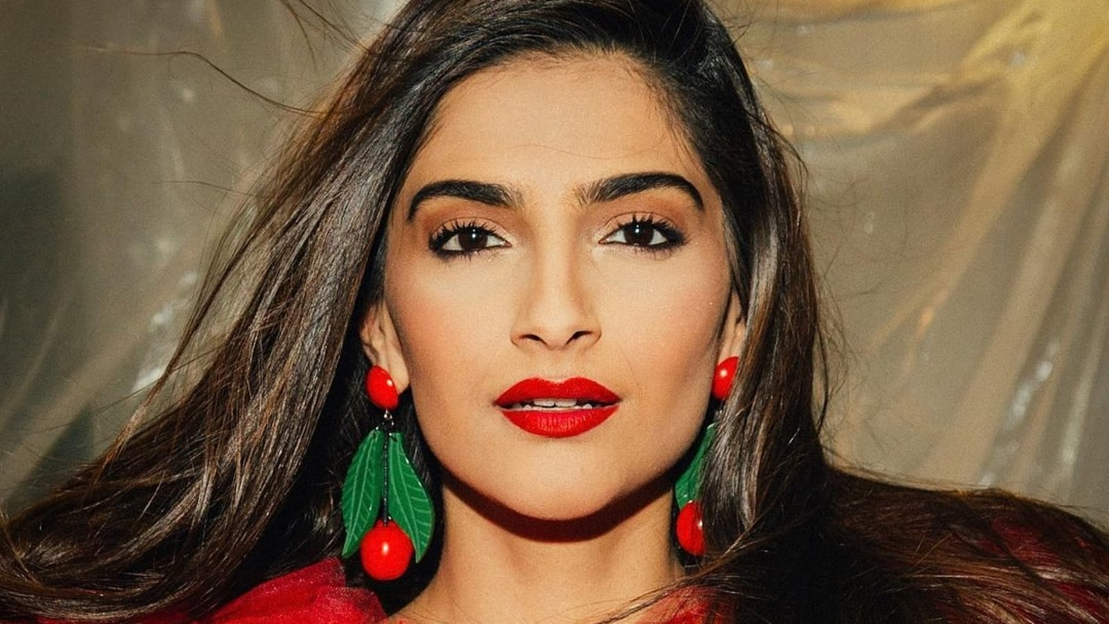 Sonam Kapoor says she likes 'freedom' she enjoys in London: 'I make my own  food, clean my own space' | Bollywood - Hindustan Times
