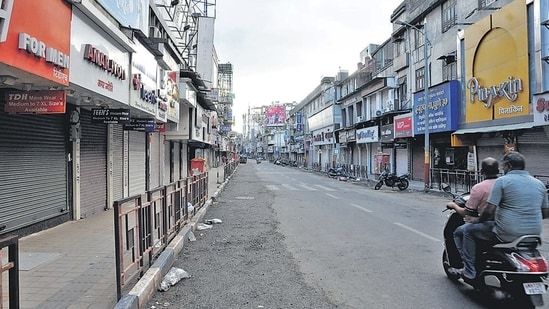 Due to the second wave of Covid-19, a lockdown was imposed and spa centres along with malls, bars, and gyms were closed on April 15 in Delhi. (File Photo)