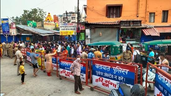 Haridwar Police swings into action over Covid-19 norms violation in Har Ki Pauri