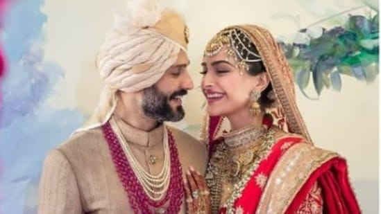 Sonam Kapoor and Anand Ahuja tied the knot in 2018.(Instagram/@sonamkapoor)