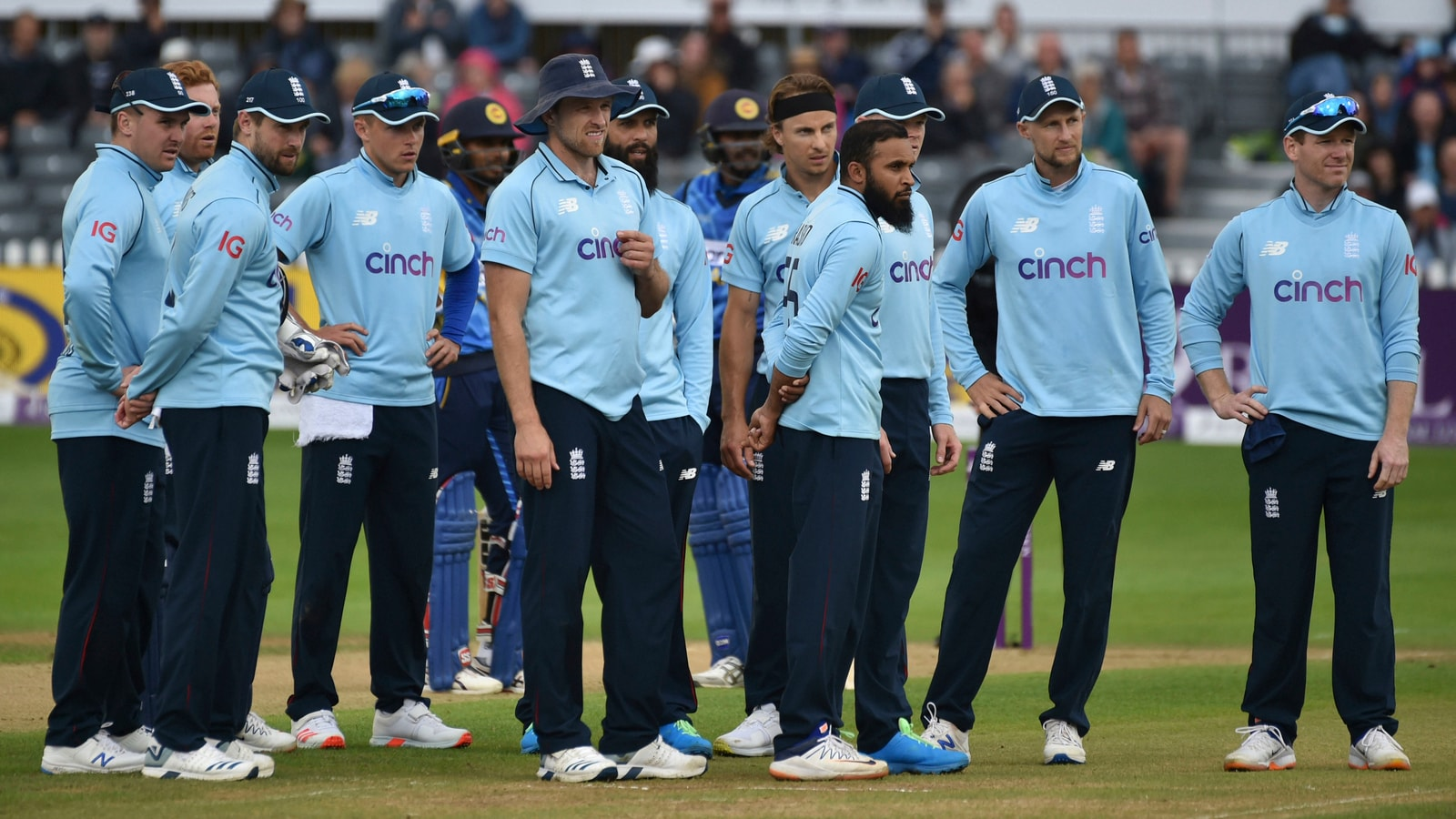 Three players & 4 staff members of England cricket team test positive for  Covid   Cricket - Hindustan Times