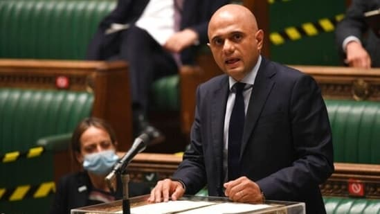 """""""Anyone who is a close contact of a positive case will no longer have to self-isolate if they have been fully vaccinated,"""" UK health secretary Sajid Javid said.(AP)"""