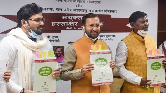 A day before his resignation, Babul Supriyo was present at an event in which his ministry signed a joint communication with the ministry of tribal affairs.(PTI)
