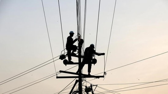 Improved transparency from discoms and improved consumer feedback through grievance redressal can help build trust between both parties.(HT File Photo)
