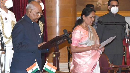 Shobha Karandlaje takes oath as Minister of State (MoS) during the swearing-in ceremony at Rashtrapati Bhavan, in New Delhi on July 7, 2021. (HT Photo)