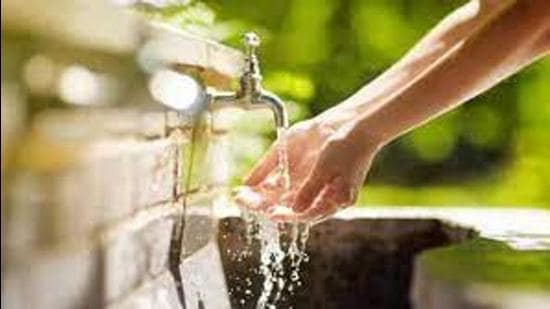In May, Delhi had filed a petition in the Supreme Court saying that Haryana was not providing the full share of water to Delhi. This petition was disposed of on the basis of a report by a committee chaired by secretary, ministry of Jal Shakti. (Representative Image/HT file)