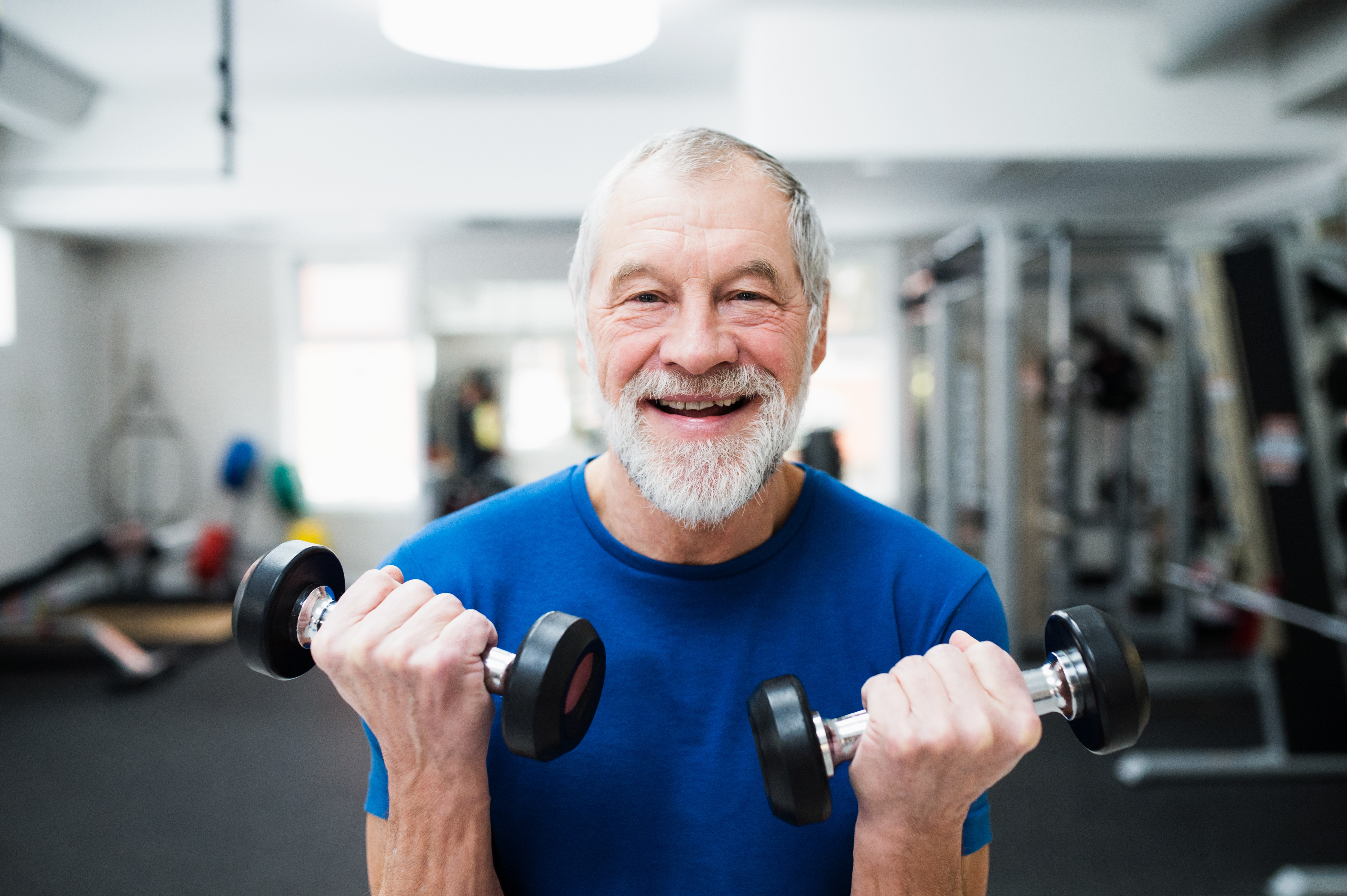Use weights that you can lift in the five to 10 repetition range (Shutterstock)