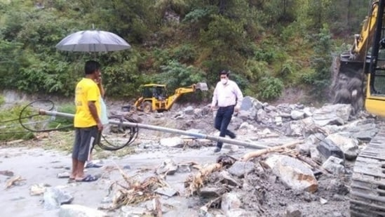 Shimla MeT centre director Manmohan Singh said that landslides and uprooting of trees may occur due to rainfall or heavy spell of rain in Himachal Pradesh. (ANI Photo)