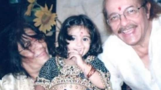 Ananya Panday with her grandparents.