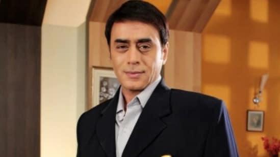 Pankaj Berry currently plays the role of an IT officer in the show Mere Sai - Shraddha Aur Saburi.