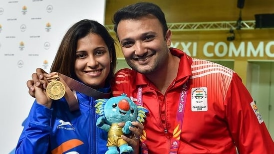 Heena Sidhu with her husband, coach and former shooter, Ronak Pandit.(PTI)