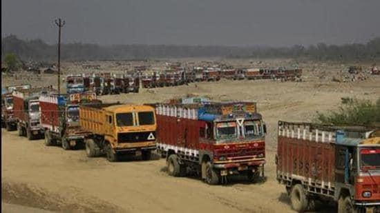 MP woman officer takes action against illegal mining mafia, gets transferred