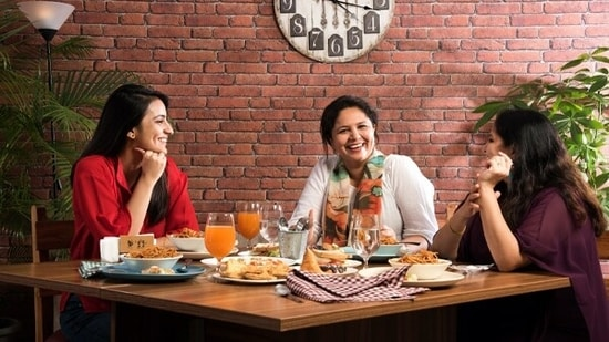 Mutual funds vs Kitty Party funds: What women should know!