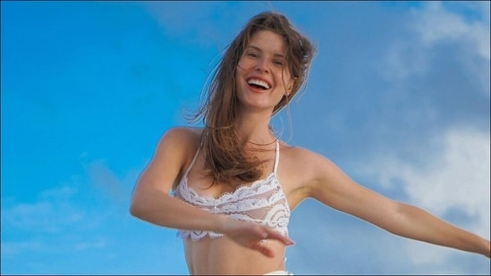 Ex-Playboy model Amanda Cerny urges dance as workout due to these health perks(Instagram/amandacerny)