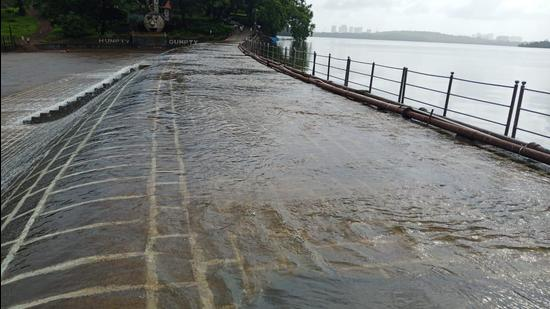 Heavy rains in Mumbai forced authorities to shut down the water purification complex, disrupting drinking water supply in the city. (Representative photo)