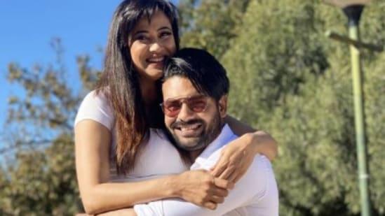 Shweta Tiwari and Vishal Aditya Singh are contestants on Khatron Ke Khiladi.