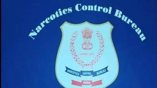 NCB seizes drugs, cash and gold worth <span class='webrupee'>₹</span>1.17 crore in Bandra, 3 arrested