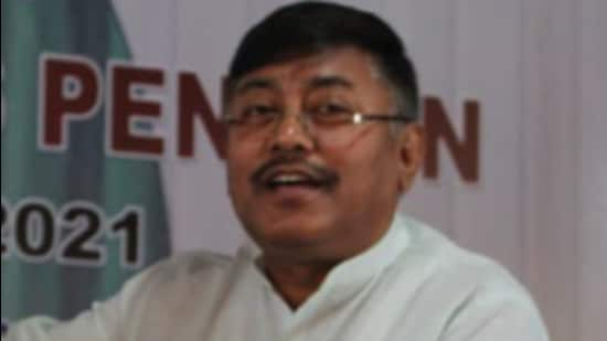 Congress has rushed party in-charge for Manipur, Bhakta Charandas, to Imphal after reports that state president Govindas Konthoujam and two MLAs are on their way out (Twitter/KonthoujamG)