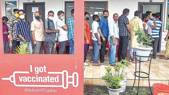 Among the 20,276 adults considered for the survey, 12,607 were not vaccinated and 2,631 people were fully vaccinated. In picture - Beneficiaries wait to receive Covid-19 vaccines.(PTI | Representational image)