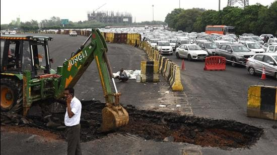 Officials said that the four-inch patch was excavated and repair work is underway. (Vipin Kumar/HT PHOTO)
