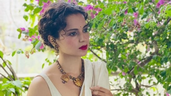 Kangana Ranaut shared a note on 'kings' and their right to keep their 'eyes and ears open' but clarified that she is not talking about the Pegasus leak.
