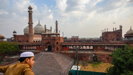 Bakrid Eid-al-Adha 2021: Early morning visuals showed a handful of people in the Jama Masjid mosque in the shadow of a heavy police security blanket prohibiting crowding.. (File photo by Amal KS/ Hindustan Times)