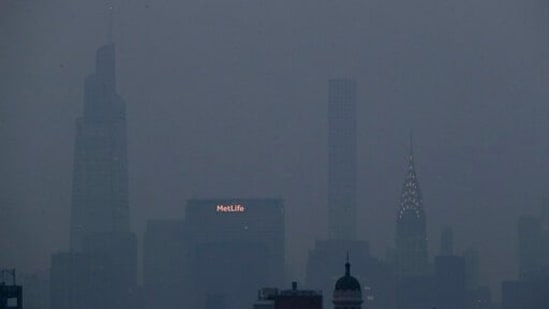 Pollution Alert in New York as Canada Wildfire Plunges Air Quality