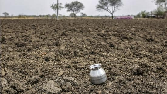 The farmers' association said they would be filing a Public Interest Litigation to seek IMD's response over its failed rainfall prediction. (Bloomberg Photo/Representative)