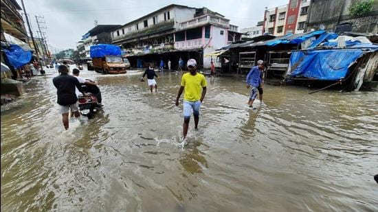 As a result of incessant rain, Chiplun city has flooded, leaving thousands stranded and has cut off access roads.