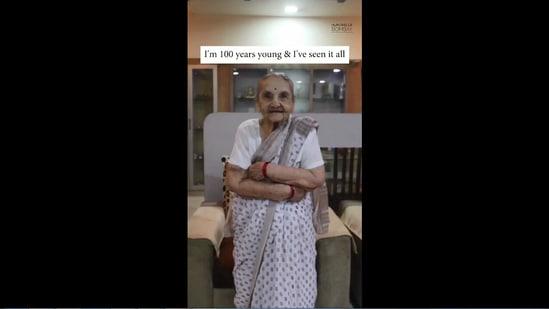 The image shows 100-year-old woman named Kamala.(Instagram/@officialhumansofbombay)