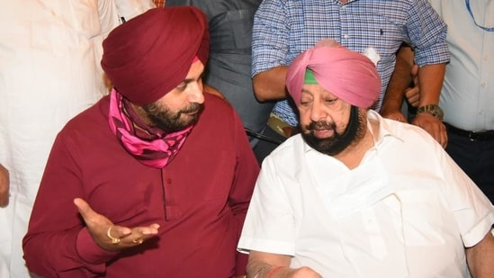 Cold war ends as CM Amarinder Singh and Navjot Sidhu meet, sip tea together   Latest News India - Hindustan Times