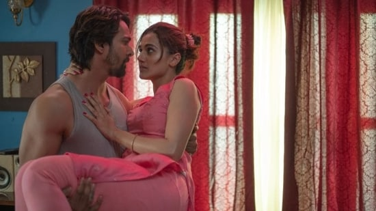Taapsee Pannu and Harshvardhan Rane in a still from Haseen Dillruba.