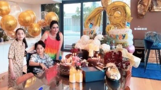 Maanayata Dutt celebrates her birthday with twins Iqra and Shahraan.