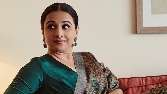 Vidya Balan said that she tried to fit in with the other actresses but could not.