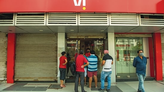 The Supreme Court's Friday verdict may make fundraising an uphill task for Vodafone Idea.(File photo)