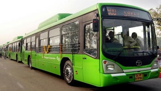 Annual internal audits by the DTC have also shown that an overaged fleet was a key factor in low productivity.(PHOTO: Arvind Yadav/Hindustan Times)