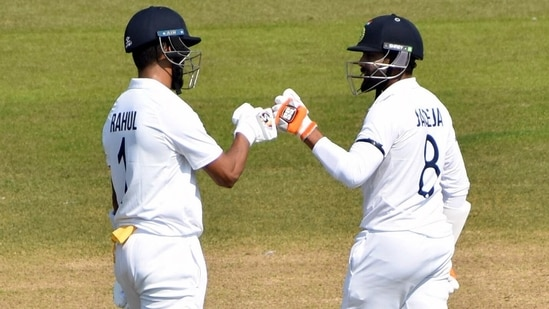 India's KL Rahul (L) is ready to make a comeback to the Test side in England series(BCCI)